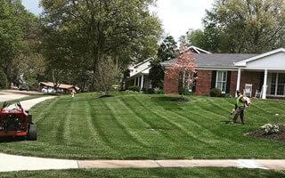 Landscape Maintenance St. Louis MO.